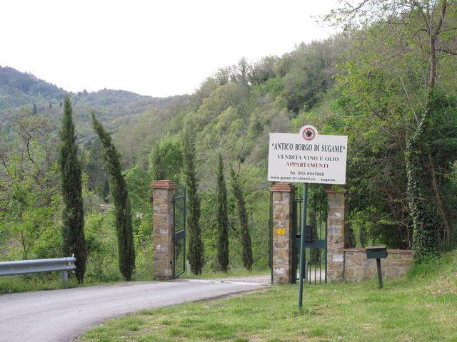 Front gate @ Antico Borgo di Sugame