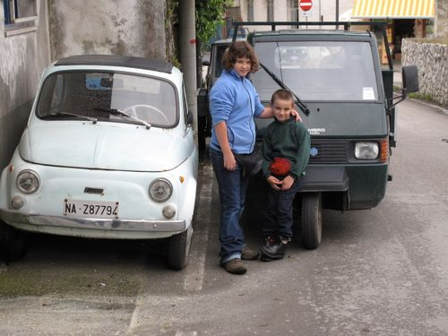 Machina Piccolo (tiny cars) and their fans