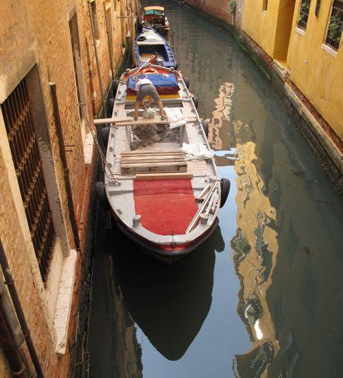Venice Building Site with 'Venice Ute'