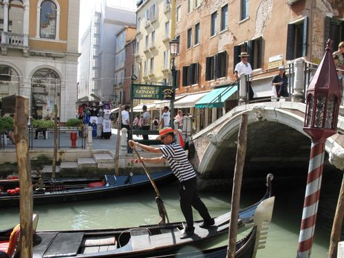 Ciao Diego (our gondolier)